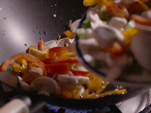 几种常见食用菌美食的烹饪方法